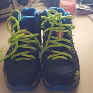 Boys North Face sneaker boots